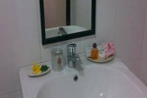 Royal Caravan Hotel Mojokerto - MANDI