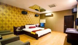 Royal Caravan Hotel Mojokerto - Standard B