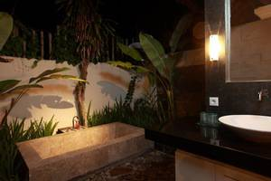 Taman Harum Cottages Bali - Sui8te - Bathtub