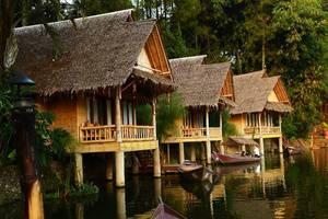 Kampung Sampireun   - BUNGALOW 1 BED ROOM LAKE