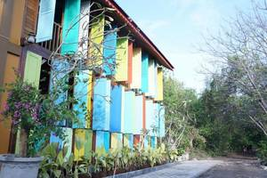 Bleu Verde - I am Colors Lombok - Exterior