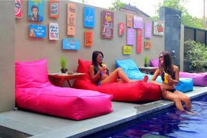 Tinggal Standard Bintang Seminyak Bali - Kolam Renang