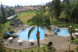 Grand Mutiara Hotel Berastagi Berastagi - Kolam Renang