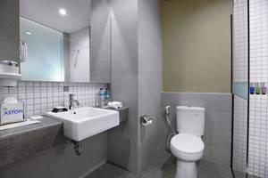 Aston Inn Mataram Lombok - Superior Bathroom