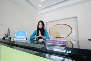 Airy Eco Syariah Lowokwaru Ikan Gurami Malang - Resepsionis