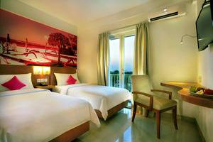 favehotel Umalas Bali - favehotel Umalas_Pool View Room Twin Bed With Balcony