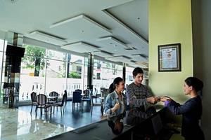 Serela Cihampelas Hotel Bandung - Front Office