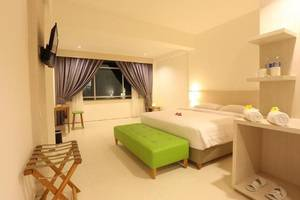 FOVERE Hotel Palangkaraya - Kamar tamu