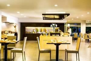 Hotel Santika Bandung - Restoran