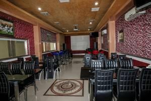 NIDA Rooms Sei Kapuas 74 - 76 A Medan - Restoran