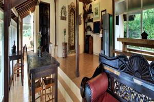 Telaga Sari Villa Bali - Ruang tamu