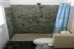 Mega Cottage Bali - Kamar mandi
