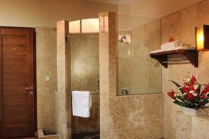 Tetirah Boutique Hotel Salatiga - Bathroom