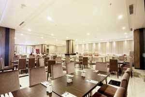 Grand Karlita Hotel Purwokerto Purwokerto - CRYSTAL RESTAURANT