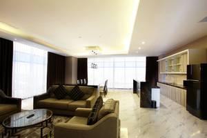 Grand Karlita Hotel Purwokerto Purwokerto - Living Room President