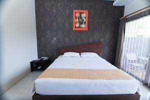 Sun Palace Hotel Mojokerto - Deluxe Room (Double Bed)