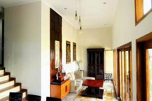 De Bukit Dago Villa Bandung - (28/Feb/2014)