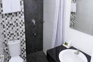 Hotel 88 Kedoya - Kamar mandi