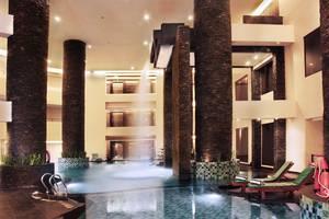 Aston Samarinda - Pool