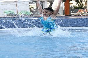 Grand Whiz Nusa Dua - Kolam renang anak