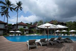 Grand Whiz Nusa Dua - Pool
