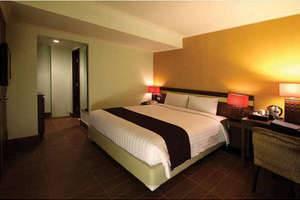 Hotel Dafam Cilacap - Deluxe Room