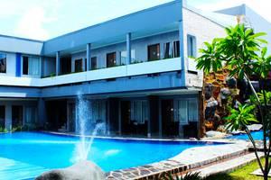 Hotel Dafam Cilacap - Kolam Renang