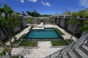 Ashana Hotel Uluwatu - Swimming Pool