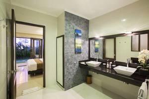 Tinggal Premium Raya Uluwatu Pecatu - Kamar mandi