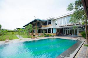 Alinson Boutique Resident Batam - Kolam Renang