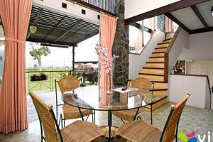 Villa Anyelir Istana Bunga - Lembang Bandung Bandung - Interior