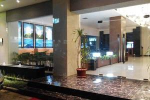 Grand Cendrawasih Hotel Makassar - Pintu Masuk