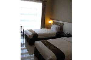 Hotel Emerald Surabaya - Twin Bed
