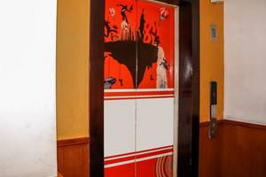 NIDA Rooms Mangga Besar 49A Jakarta - Mengangkat