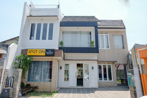 SPOT ON 1712 Griya Shanta Residence