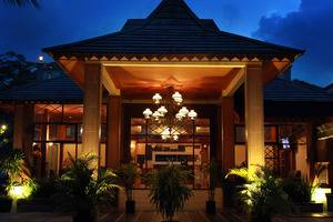 Green Tropical Village Hotel & Resort Belitung - Looby