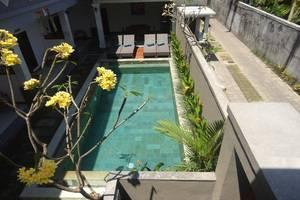 Villa Kamar Madu Seminyak Bali - Eksterior