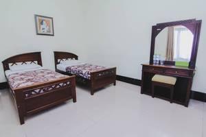 Hotel Bandara Asri Yogyakarta - Deluxe Twin