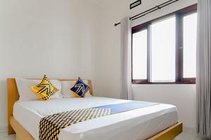 SPOT ON 3037 Sakinah Residence