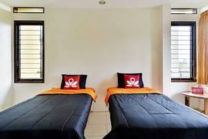 ZenRooms Km 20 Kaliurang Yogyakarta - Tampak tempat tidur twin
