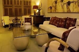 D Omah Hotel Yogjakarta - Ruang tamu