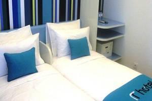 Hotel Roa Roa Palu - Kamar Superior Twin
