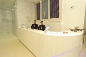 Hotel Roa Roa Palu - Staff resepsionis