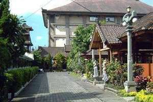 Hotel Ratu Bali - Tampak luar