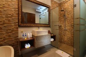 Maharaja Villas Bali - Bathroom