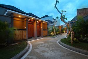 Maharaja Villas Bali - Pathway