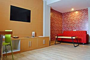 Meotel Purwokerto - Junior Suite