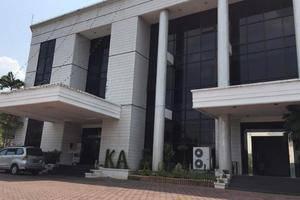 Kartika Abadi Hotel Madiun - hotel exterior