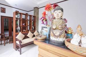 RedDoorz @ Pendawa Kartika Plaza Bali - Resepsionis
