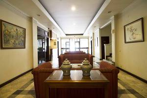 RedDoorz @Dago Bandung - Interior